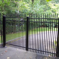 Straight topped aluminum gate